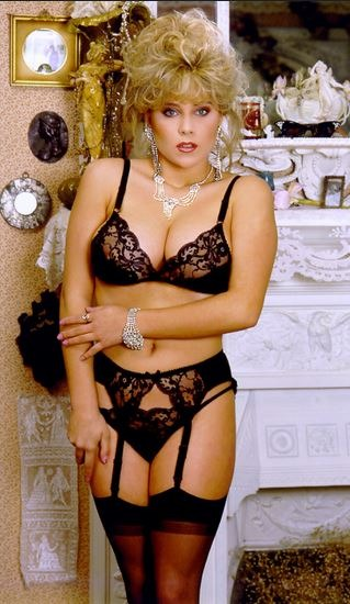 600full-samantha-fox